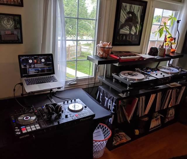 Turntable set up pioneer ddj